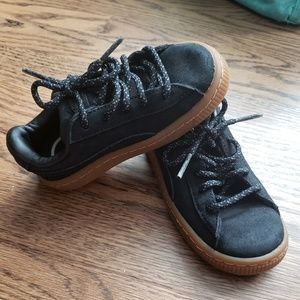Size 8 Puma Toddler shoes